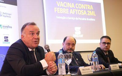 Vacina contra Febre Aftosa bivalente, de 2 ml Inovação a serviço da pecuária brasileira