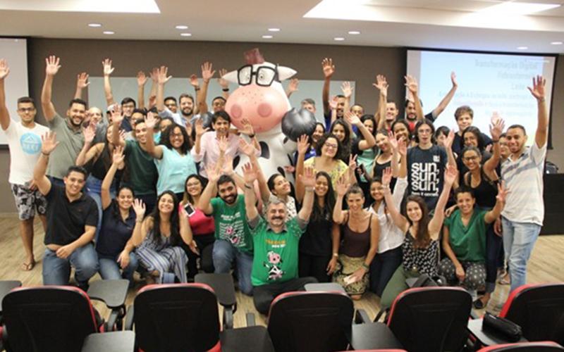 Caravana 4.0 do movimento Ideas For Milk, da Embrapa Gado de Leite, bate recorde e visita 52 instituições de ensino em 11 estados