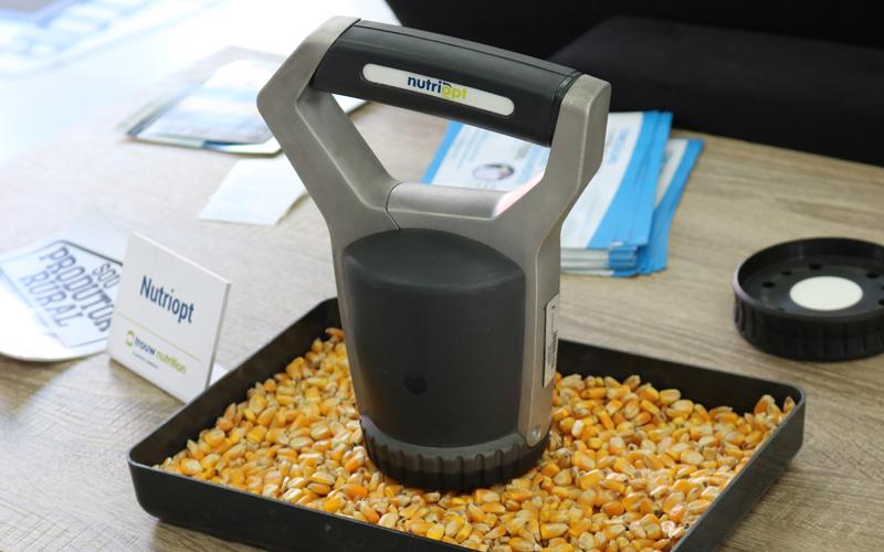 Tecnologia em análise de matérias-primas é destaque da Trouw Nutrition para o OVUM 2019