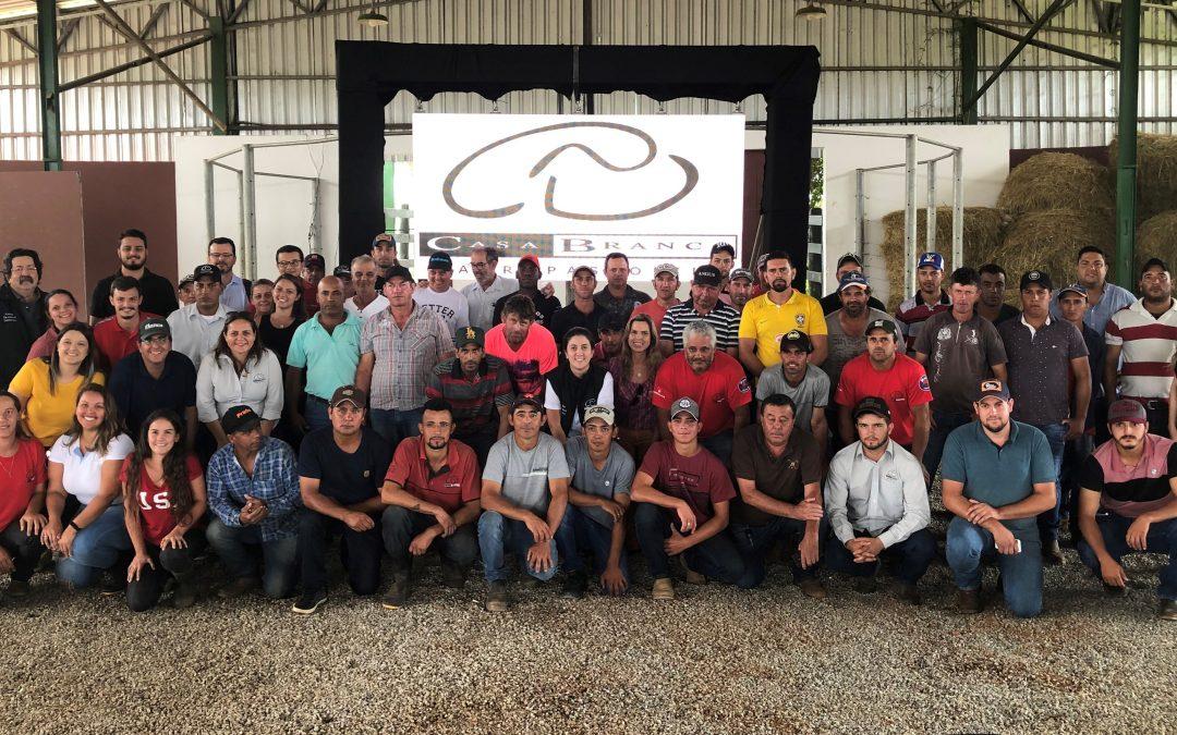 Casa Branca Agropastoril realiza treinamento interno com foco no trabalho em equipe e no atendimento dos clientes