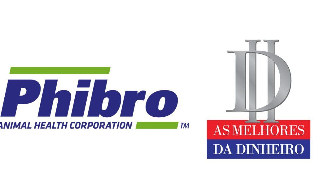 Phibro Saúde Animal recebe o prêmio 'As Melhores da Dinheiro', na categoria nutrição e saúde animal